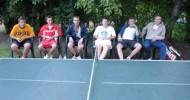 Topstars geben sich im Tischtennisturnier keine Blöße